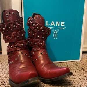 Lane Breezy Western boots in Red